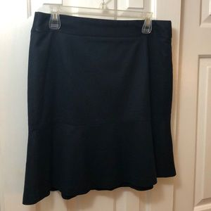Banana 🍌 Republic Navy Skirt Size 10
